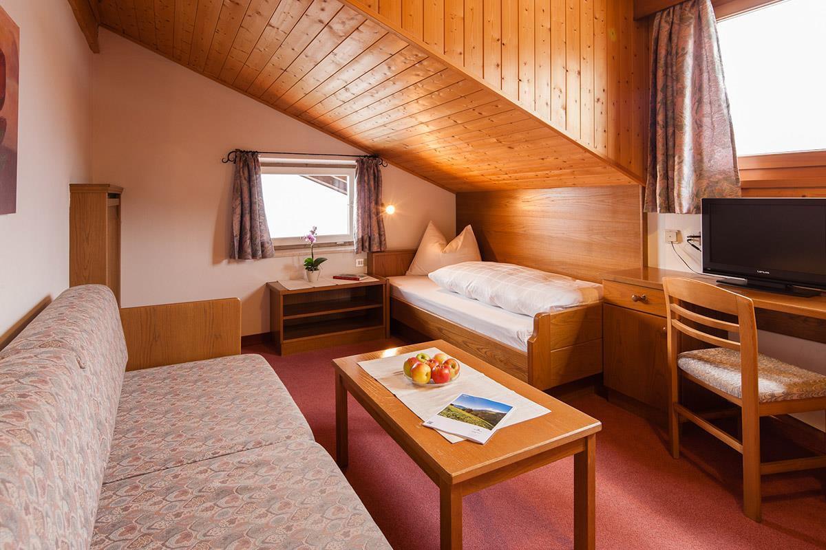 Vasca Da Bagno A Vista Prezzi : Camere nel hotel hilburger vacanze indimenticabili a scena merano
